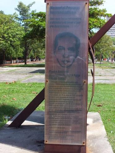 """Gedenkstätte für Padre Henrique in der Rua da Aurora, Teil des Mahnmals """"Tortura Nunca Mais"""""""