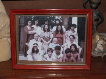 Picture of the Arraes familiy at the Miguel Arraes Institute